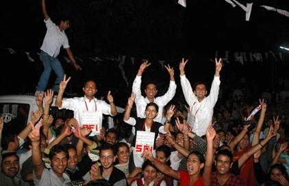 SFI-Celebrate-Victory-in-HPU